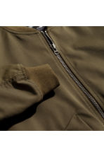 Padded bomber jacket - Khaki brown - Men | H&M 2