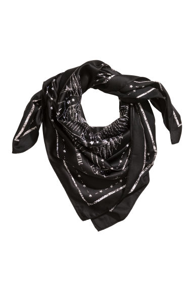 Patterned scarf - Black - Ladies | H&M CN 1