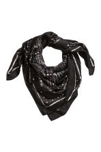 Patterned scarf - Black - Ladies | H&M 1