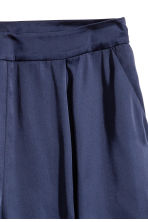 Satin shorts - Dark blue -  | H&M 3