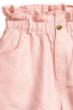 Short linen shorts - Powder pink - Ladies | H&M CN 4
