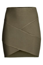 Fitted skirt - Khaki green - Ladies | H&M CN 2