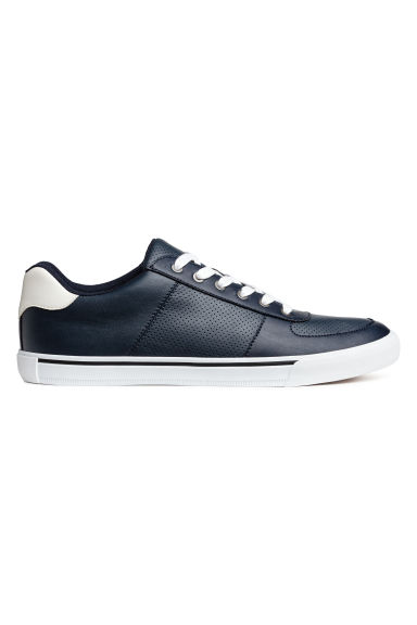 Perforerade sneakers - Mörkblå - Men | H&M FI 1