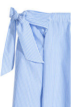 Off-the-shoulder blouse - Blue/Striped -  | H&M 3