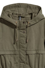 Short hooded parka - Dark khaki green - Ladies | H&M CN 3