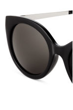 Sunglasses - Black - Ladies | H&M 3