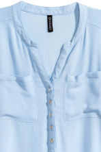 V-neck blouse - Light blue - Ladies | H&M CN 3