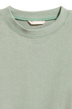 Short sweatshirt - Light khaki green - Ladies | H&M 3