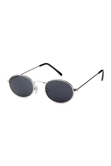 lunettes de soleil ovales argent homme h m fr. Black Bedroom Furniture Sets. Home Design Ideas