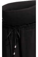 MAMA Ankle-length trousers - Black - Ladies | H&M 4