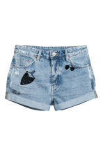 Embroidered denim shorts - Light denim blue - Ladies | H&M CN 2
