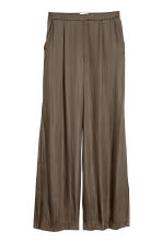 Wide satin trousers - Khaki green - Ladies | H&M CN 2
