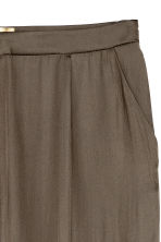 Wide satin trousers - Khaki green - Ladies | H&M CN 3