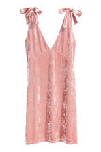 Crushed velvet dress - Pink - Ladies | H&M 2