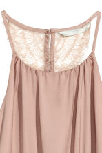 Dress with a lace back - Powder - Ladies | H&M CN 3