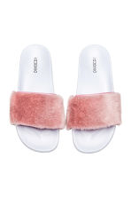 Faux fur slides - Light pink - Ladies | H&M CN 2
