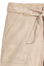 Linen-blend shorts - Light beige - Ladies | H&M CN 3