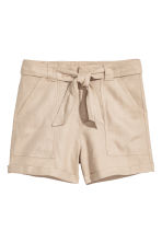 Linen-blend shorts - Light beige - Ladies | H&M CN 2