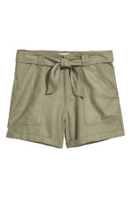 Linen-blend shorts - Khaki green - Ladies | H&M CN 2