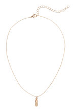 Necklace with a pendant - Gold - Ladies | H&M 1
