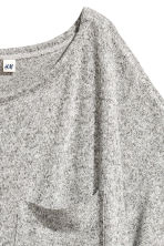 Wide T-shirt with chest pocket - Grey marl - Ladies | H&M 3