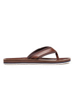 Flip-flops - Cognac brown - Men | H&M 1