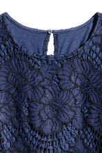 Short lace dress - Dark blue - Ladies | H&M 3