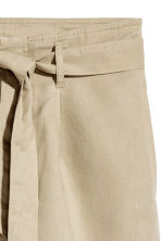 Shorts with a tie belt - Beige - Ladies | H&M 3