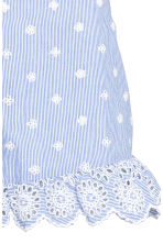 Embroidered frilled shorts - Blue/White/Striped - Ladies | H&M CN 3