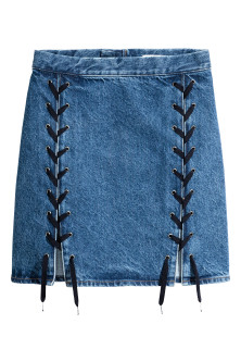 Denim skirt with lacing