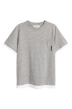T-shirt with a chest pocket - Grey marl - Kids | H&M 2