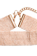 Woven beaded choker - Powder pink - Ladies | H&M 3