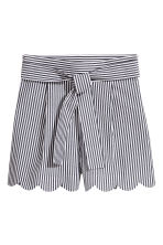 Shorts with scalloped hems - White/Striped - Ladies | H&M CN 2