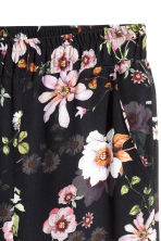 Wide trousers - Black/Floral - Ladies | H&M 3