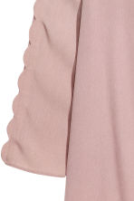 Dress with a scalloped trim - Powder pink - Ladies | H&M CN 3