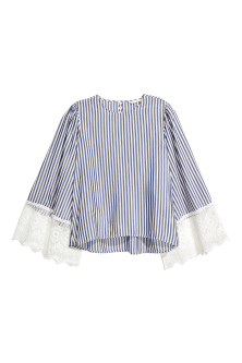 Wide-sleeved blouse