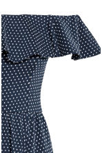 Off-the-shoulder dress - Dark blue/Spotted -  | H&M CN 3