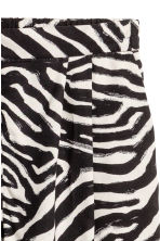 Wide shorts - Zebra print - Ladies | H&M CA 3