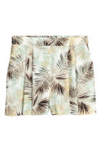Wide shorts - Natural white/Leaf  - Ladies | H&M 2