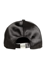 Satin cap - Black - Ladies | H&M CN 2
