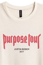 T-shirt with a print motif - Light beige/Justin Bieber - Ladies | H&M 4