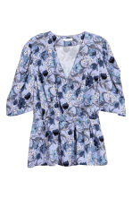 V-neck blouse - Light blue/Floral - Ladies | H&M 2