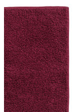Bath mat - Burgundy - Home All | H&M CA 2