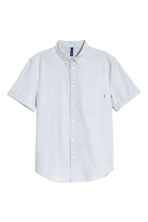 Short-sleeve shirt Regular fit - Light blue/Chambray - Men | H&M CA 2