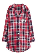 Flannel night shirt - Red checked/New York - Ladies | H&M 1