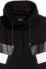 Funnel-collar sweatshirt - Black - Men | H&M CN 3