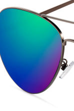 Sunglasses - Green/Blue - Men | H&M 3