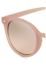 Sunglasses - Powder beige - Ladies | H&M 3