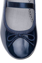 Ballet pumps with strap - Dark blue - Kids | H&M CN 4