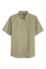 Short-sleeved stretch shirt - Khaki green - Men | H&M 2